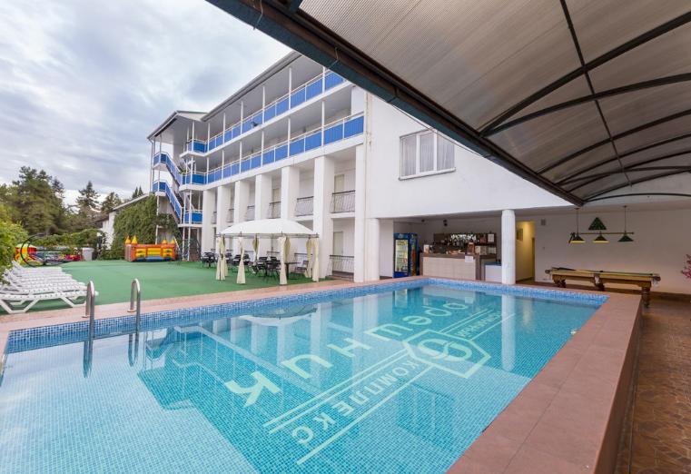 Гостиничный комплекс «Орешник»