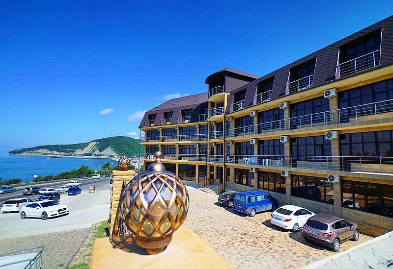 «Light House» отель