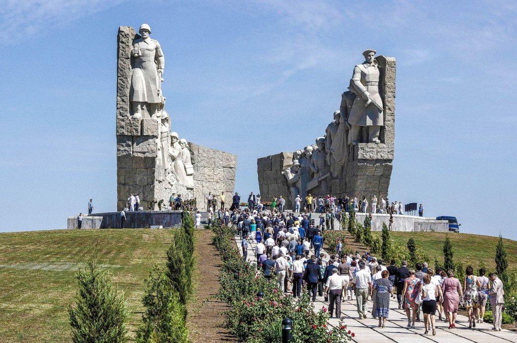 Приглашаем Вас на новую патриотическую экскурсию к « Самбекским высотам»!